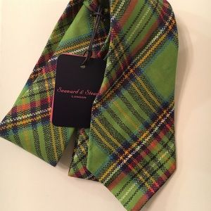 Seaward & Stern Tie